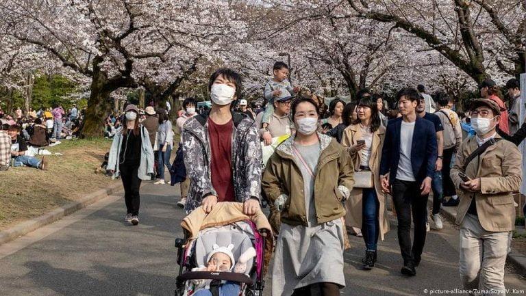 Warum Tragen Japaner Mundschutz